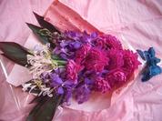 ダリアとバンダの花束