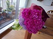 芍薬とカラーの花束