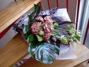 ジプシーキュリオサとテッセンの花束